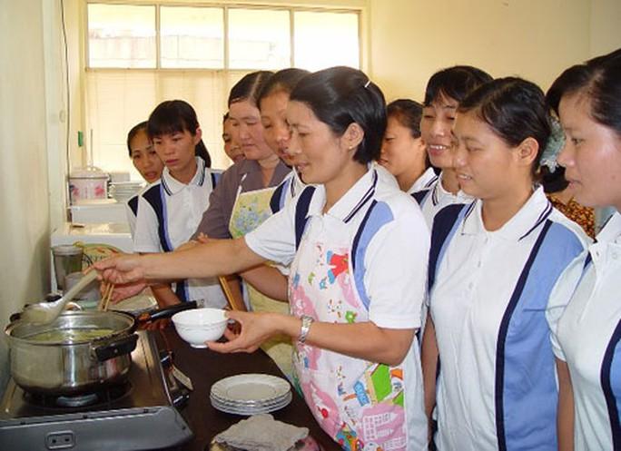 Người lao động sang Đài Loan làm việc cần lưu ý - Ảnh 1.