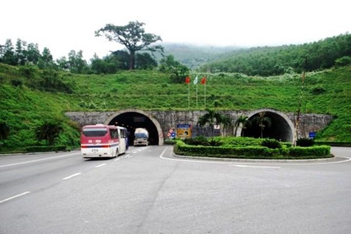 Hầm đường bộ Hải Vân sẽ được đầu tư mở rộng