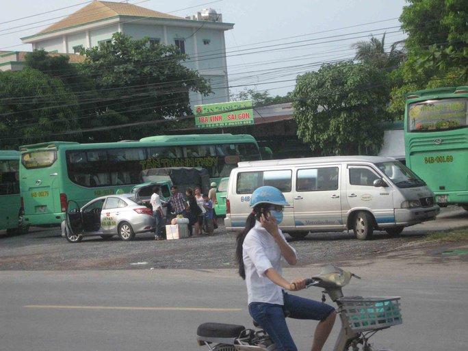 Hãng xe Tân Thanh Thủy nằm ngoài bến xe Trà Vinh
