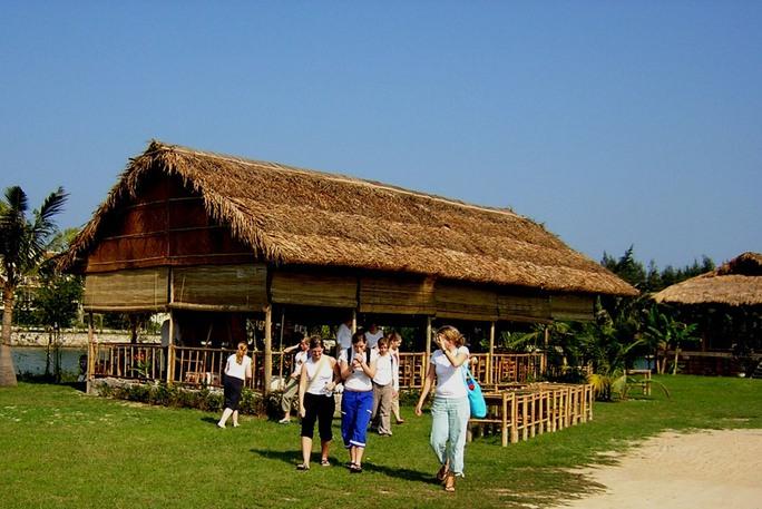 Ngôi nhà tre ở Cẩm Thanh của KTS Bùi Kiến Quốc