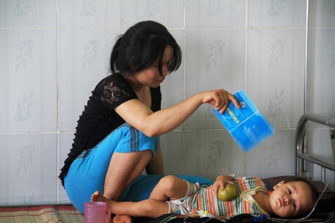 Những nạn nhân bị nặng chủ yếu là trẻ em và người uống mật bò