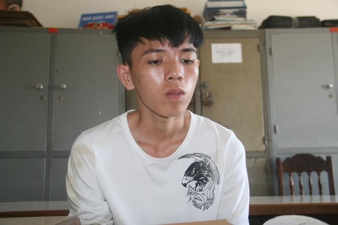 Nghĩ rằng công an không biết mình gây án, Hùng trở về Quảng Nam thì bị tóm gọn