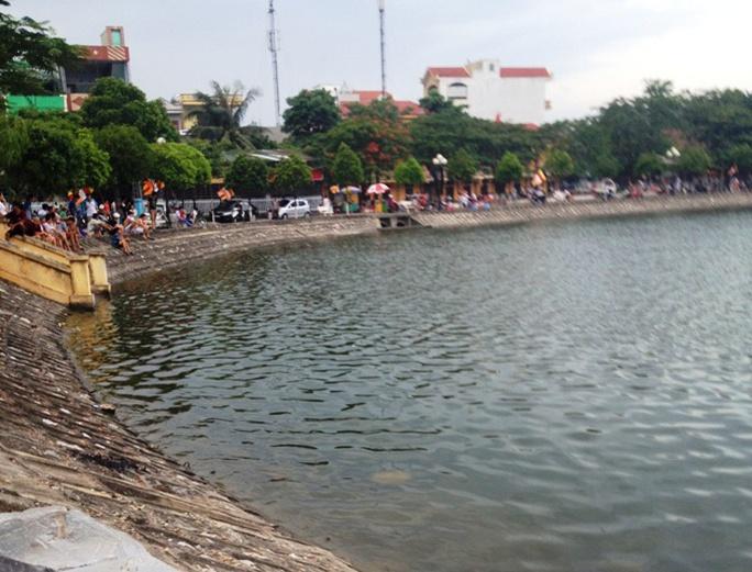 Khu vực hồ chùa Bầu nơi anh H. ra bơi và bị đuối nước
