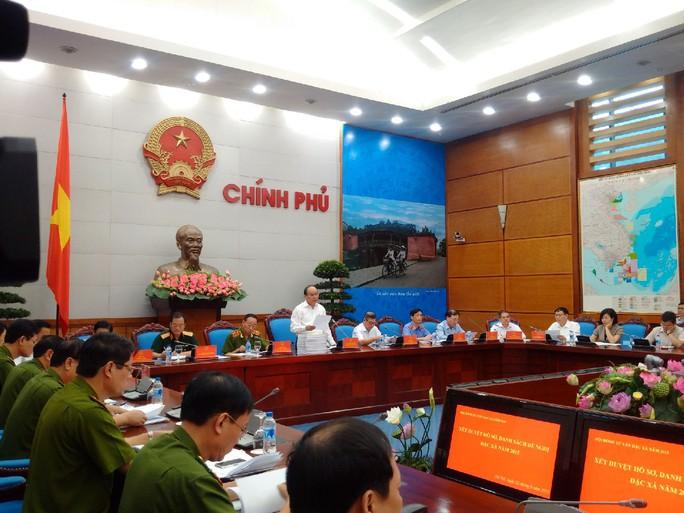 Phó Thủ tướng Nguyễn Xuân Phúc chủ trì buổi họp