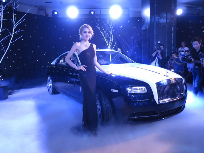 Rolls-Royce, hãng xe sang nổi tiếng đã đặt đại lý chính hãng tại Việt Nam từ cuối năm 2014
