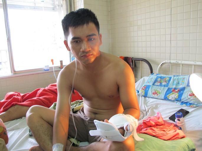 Anh Phong đã được nối bàn tay trái