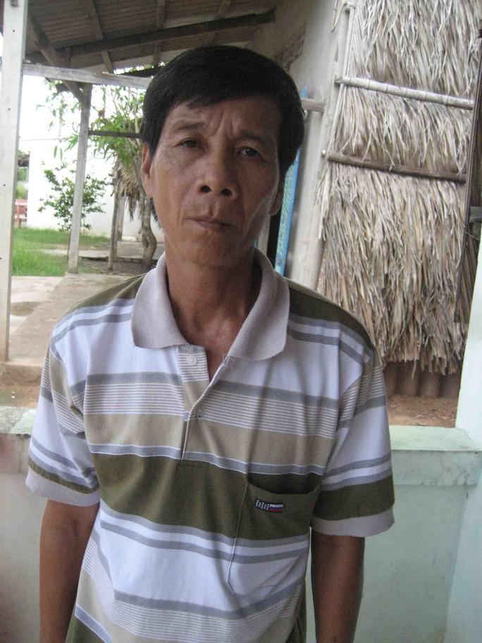 Ông Lé cảm thấy mất mặt với hàng xóm vì nhiều lần bị người thân ông Mấu nhục mạ, hành hung