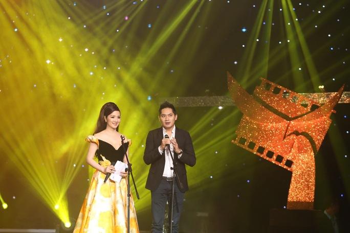 Các khách mời trao giải khác