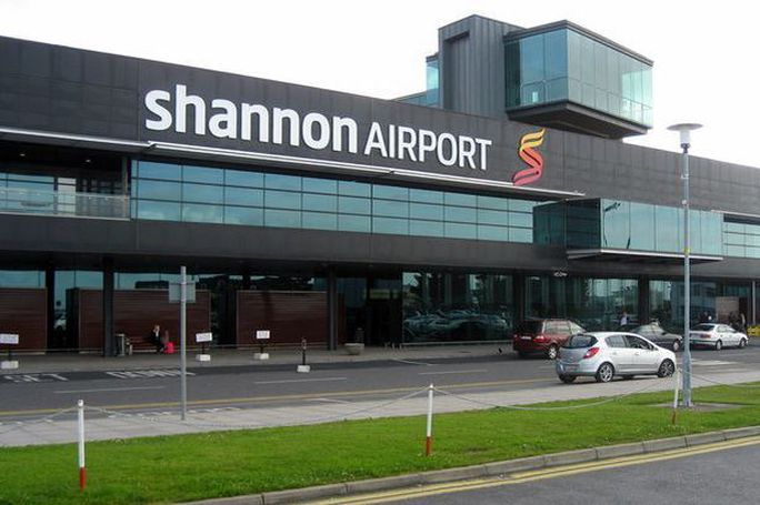 http://i3.mirror.co.uk/incoming/article5496684.ece/ALTERNATES/s615/Shannon-airport-building-2008.jpg