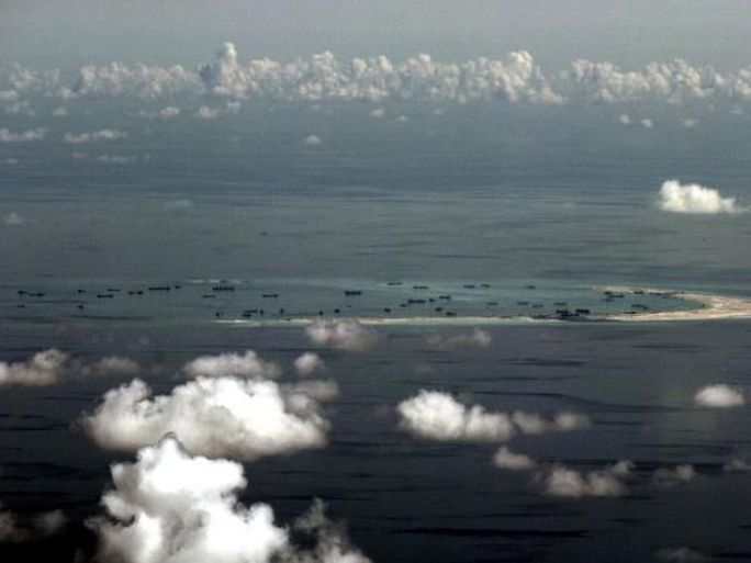 Japanese plane circles over China-claimed region in S.China Sea