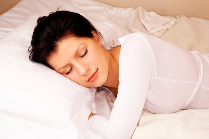 Phụ nữ không nên thường xuyên ngủ ở nơi có ánh sáng