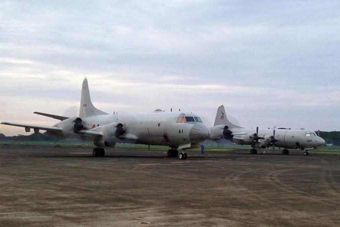 Hai máy bay P-3C Orion của Nhật tại Palawan - Philippines hôm 23-6. Ảnh: GMA News