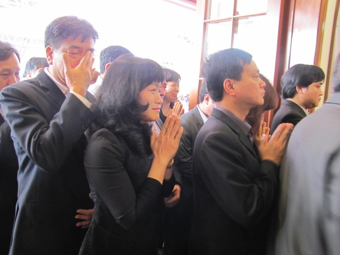 Sự ra đi đột ngột của ông Nguyễn Bá Thanh đã để lại niềm tiếc thương vô hạn cho người dân Đà Nẵng   ẢNH: HOÀNG DŨNG