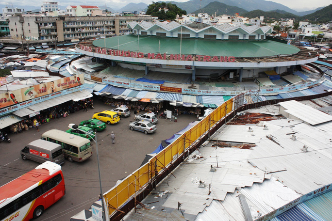 Chợ Đàm hiện tại với kiến trúc hoa sen nở