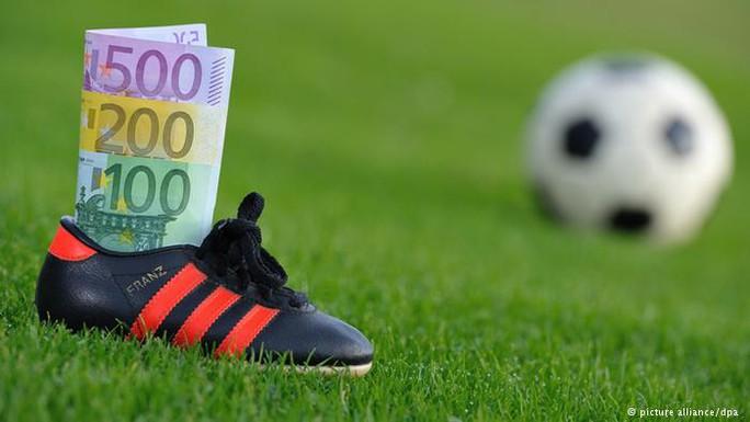 Bọn mua độ nhắm vào những cầu thủ có thu nhập thấp
