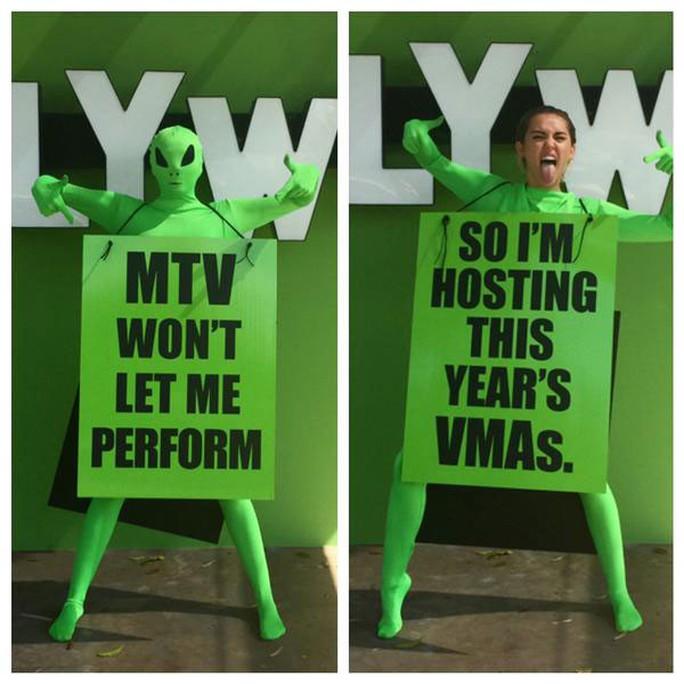 Miley thông báo mình sẽ là chủ trì của Lễ trao giải MTV Video Music năm nay