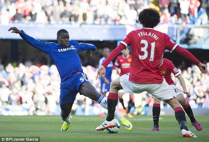 Zouma đã vô hiệu hóa được Fellaini trong trận Chelsea thắng M.U 1-0