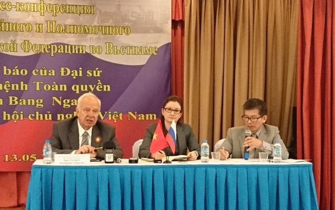 Quang cảnh buổi họp báo của Đại sứ Liên bang Nga
