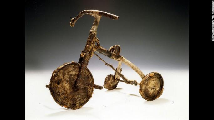 Chiếc xe đạp 3 bánh của bé Shinichi Tetsutani được gửi cho  viện bảo tàng Ảnh: CNN