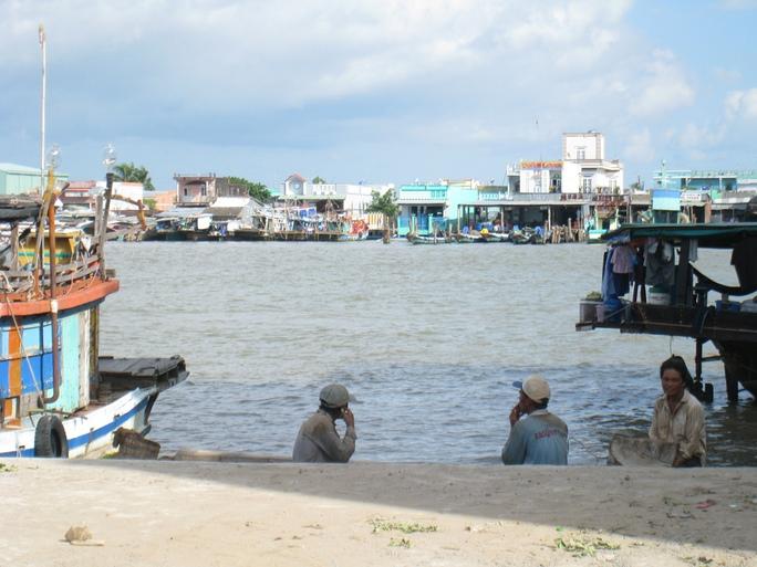 Vị trí được chọn xây cầu ngang sông Ông Đốc