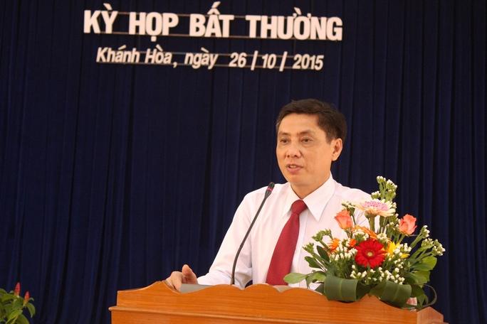 Công bố quyết định kỷ luật của Ban Bí thư đối với lãnh đạo tỉnh Khánh Hòa - Ảnh 1.