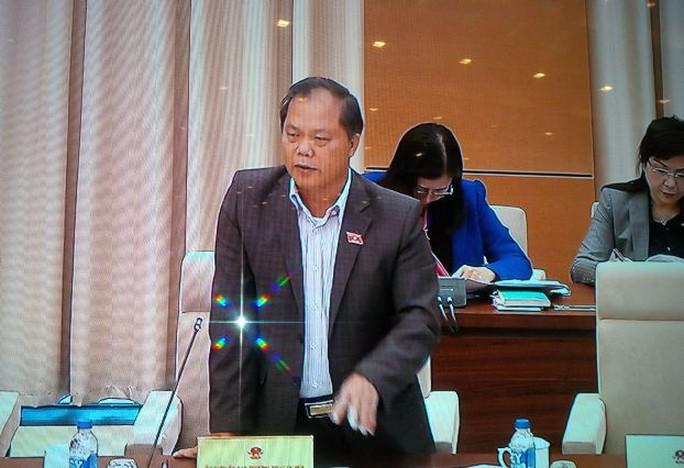 Chủ nhiệm Ủy ban Pháp luật Phan Trung  Lý góp ý báo cáo giám sát