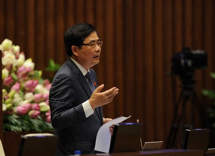 Bộ trưởng Cao Đức Phát cho biết sẽ đề nghị Bộ trưởng Tài chính ra thông báo dừng thi hành quy định đếm trứng thu phí từ tuần tới