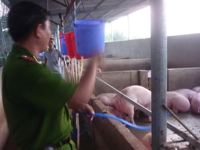Né thịt bẩn, thịt bơm nước: Cách nào?