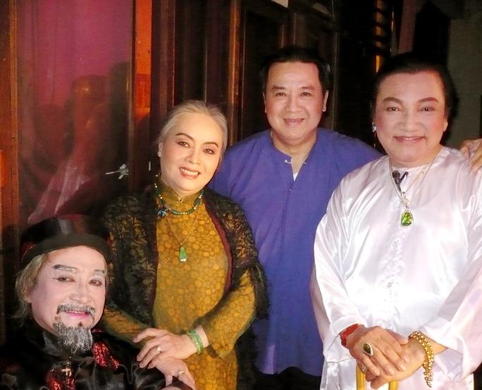 NSƯT Hùng Minh, Thanh Nguyệt, Bảo Quốc và Phú Quý tham gia trong vở Giấc mộng đêm xuân