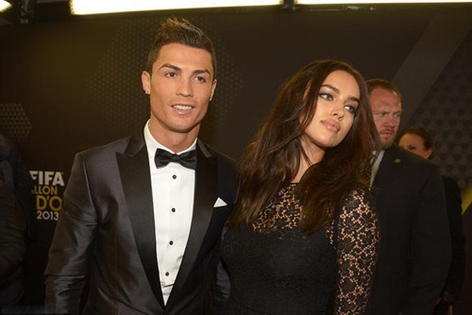 Ronaldo bị tố cáo dùng tiền ém một vụ cưỡng dâm - Ảnh 6.