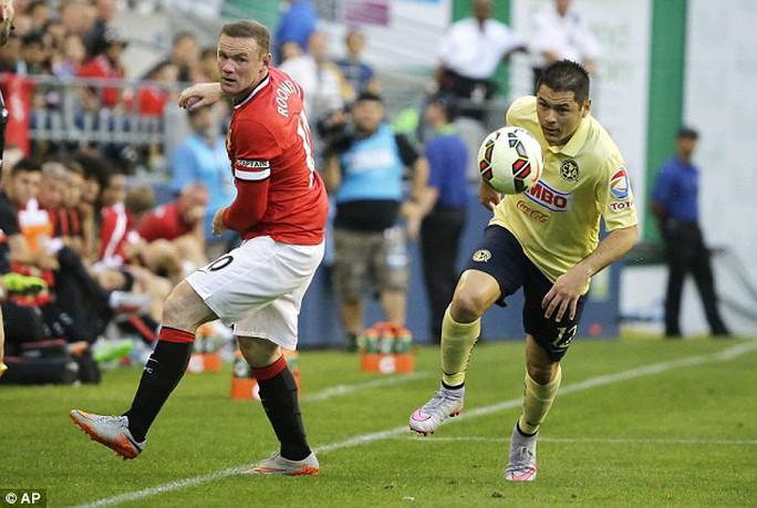 Rooney được cho đá đúng vị trí sở trường trong chuyến du đấu hè