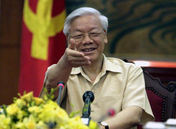 Tổng Bí thư Nguyễn Phú Trọng trong cuộc trả lời phỏng vấn các hãng tin, tờ báo Mỹ ngày 3-7 về chuyến thăm chính thức Mỹ - Ảnh: AP
