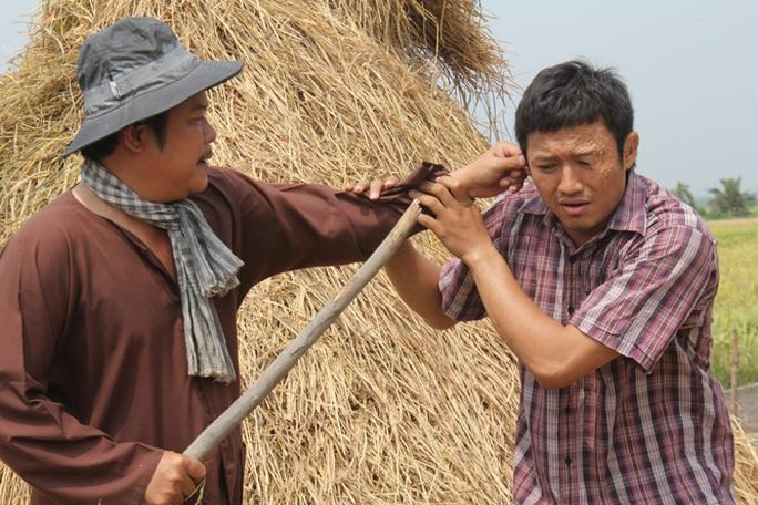 Nghệ sĩ Thanh Nam và Quý Bình trong phim Sông dài