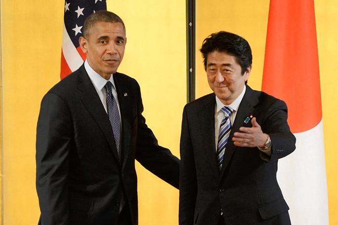 Tổng thống Mỹ Barack Obama (trái) và Thủ tướng Nhật Bản Shinzo Abe sẽ bàn chuyện hợp tác an ninh, thương mại tại Nhà Trắng vào tuần tớiẢnh: Bloomberg