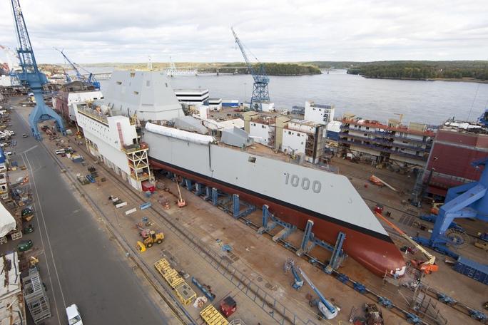Tàu khu trục tàng hình lớp Zumwalt của hải quân MỹẢnh: DEFENSENEWS