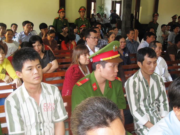 HĐXX triệu tập cả 2 phạm nhân Ngô Thanh Sơn và Trần Minh Cường ra tòa làm chứng trong vụ Ngô Thanh Kiều