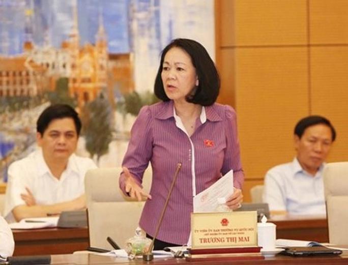 Bà Trương Thị Mai cho rằng tôn trọng tự do tín ngưỡng, tôn giáo nhưng cần loại bỏ hoạt động mê tín dị đoan
