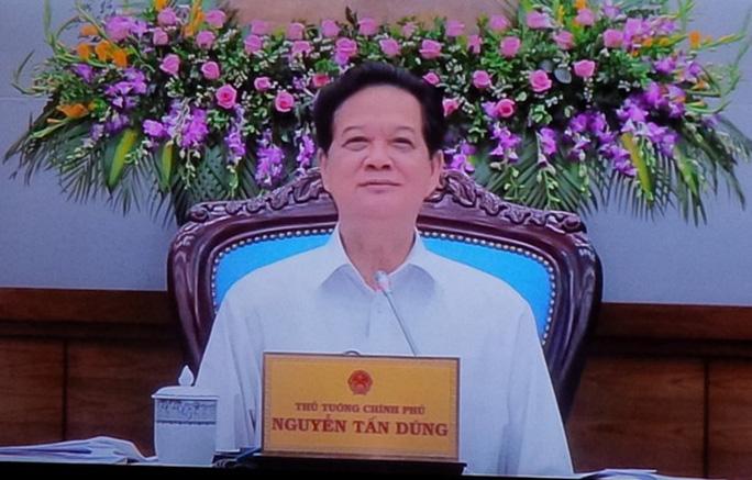 Thủ tướng Nguyễn Tấn Dũng chủ trì phiên họp Chính phủ thường kỳ tháng 6-2015 trực tuyến với các địa phương