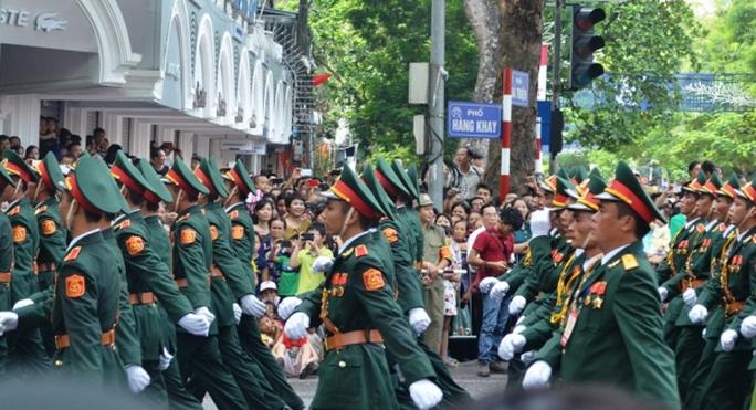 Vạn người hò reo trong ngày đại lễ Quốc khánh 2-9