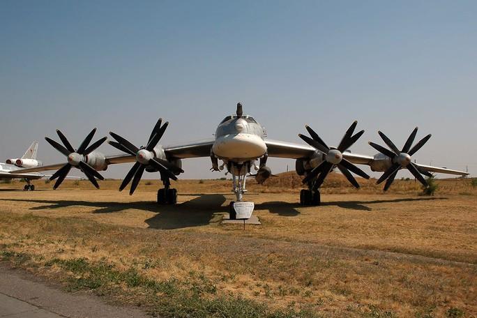 Máy bay ném bom Tupolev Tu-95. Ảnh: Wikimedia Commons
