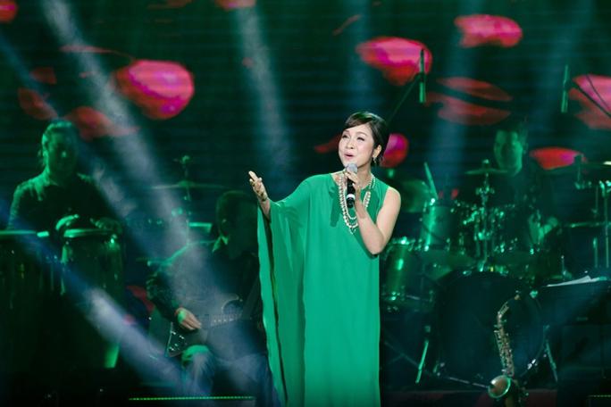 Mỹ Linh hát lại những ca khúc làm nên tên tuổi cô