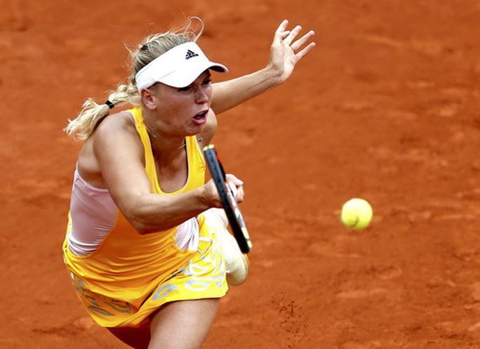 Sharapova thua Bouchard, Madrid Open dậy sóng bảng nữ - Ảnh 6.