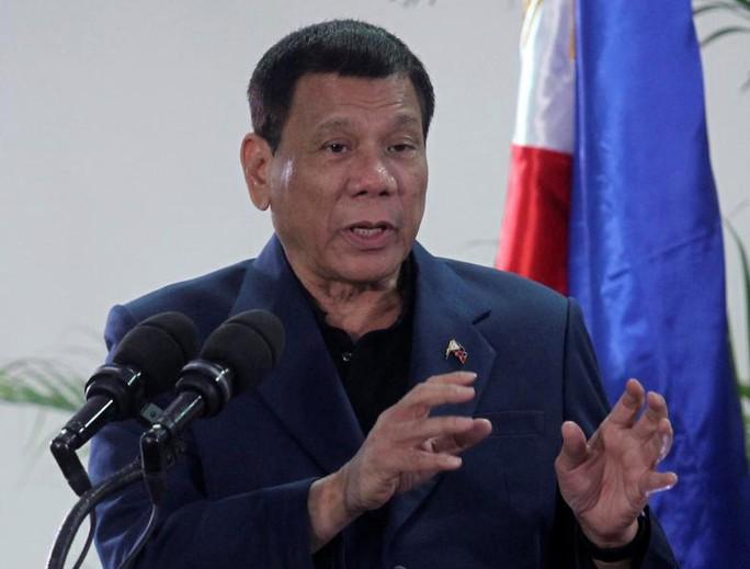Tổng thống Philippines Rodrigo Duterte tại TP Davao hôm 22-10. Ảnh: REUTERS