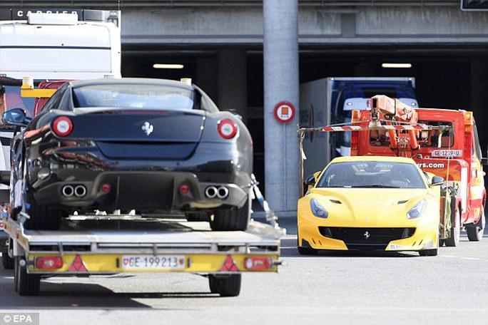 11 siêu xe bị giữ tại sân bay Geneva. Ảnh: AP, EPA