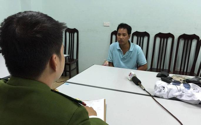 Nguyễn Văn Việt tại trụ sở cơ quan điều tra