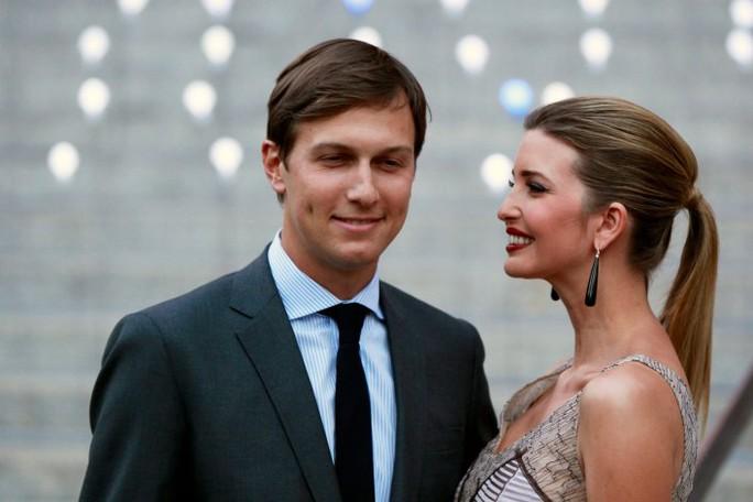 Kushner và vợ Ivanka. Ảnh: REUTERS