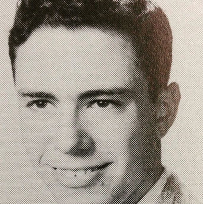 Phát sốt với hình thời trẻ của ông Biden