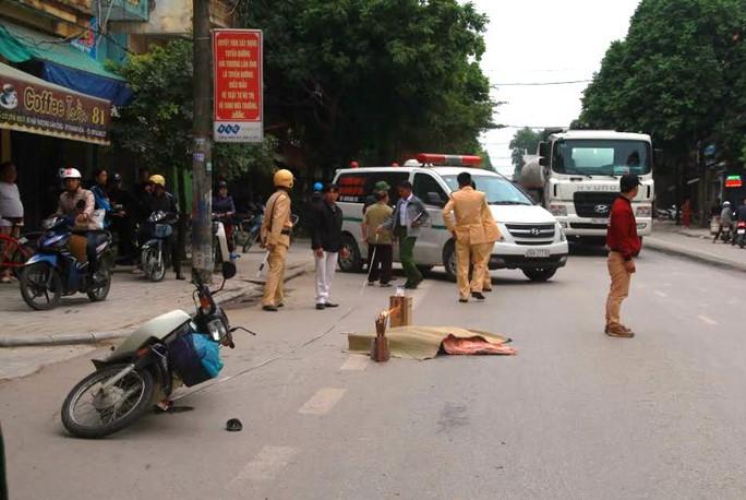 Hiện trường vụ tai nạn khiến người phụ nữ ở Thanh Hóa bị xe tải cán chết