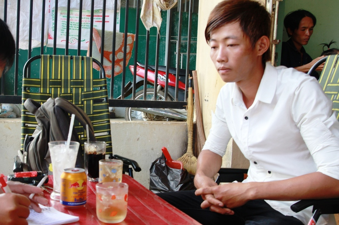 Nguyễn Minh Dương, (23 tuổi) kể lại sự việc.