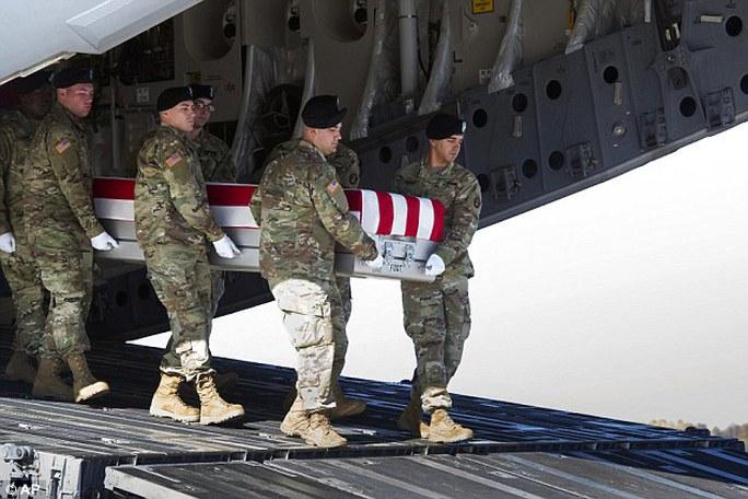 11 binh sĩ Mỹ tự tử và 8 người chết khi tham gia chiến đấu tại Trung Đông. Ảnh: AP